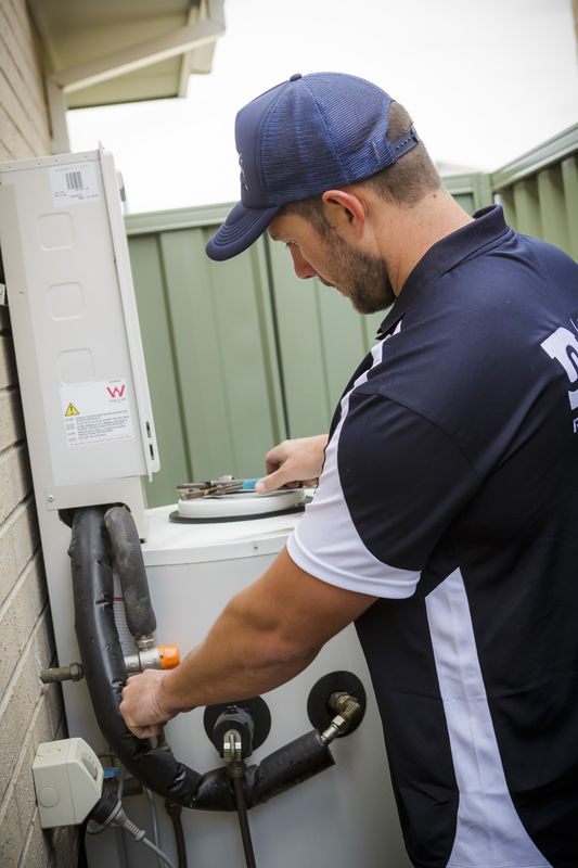 hot water service installation repair david white plumbing pakenham plumber service