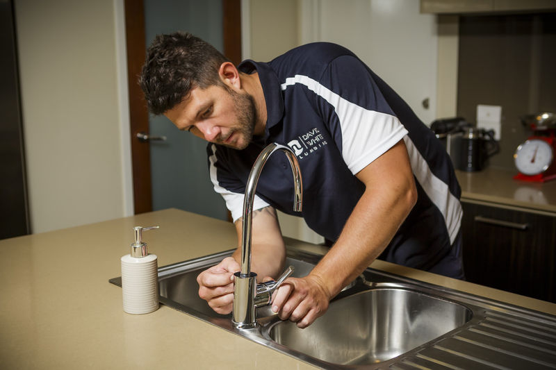 plumbing maintenance plumber david white pakenham melbourne leak leaking tap toilet sink hot water service